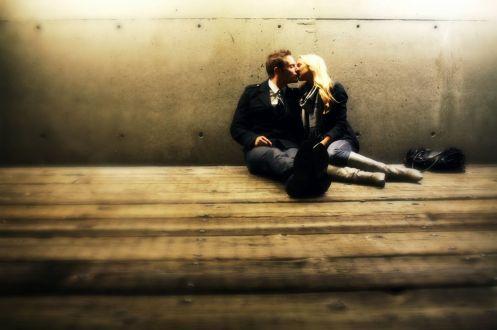 KissingSittingBlog